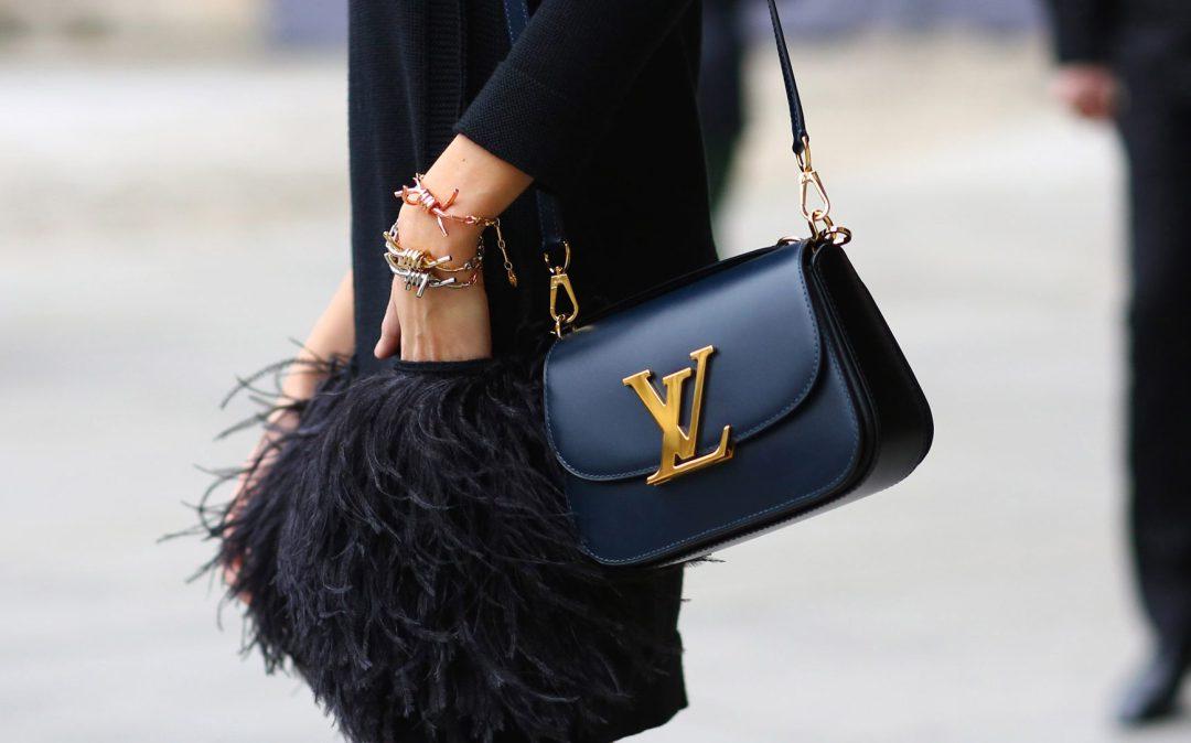 Как отличить брендовую сумку от подделки: 4 важных детали